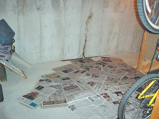 Great Leaking Wall Crack · Failed Crack Repair: ... Photo